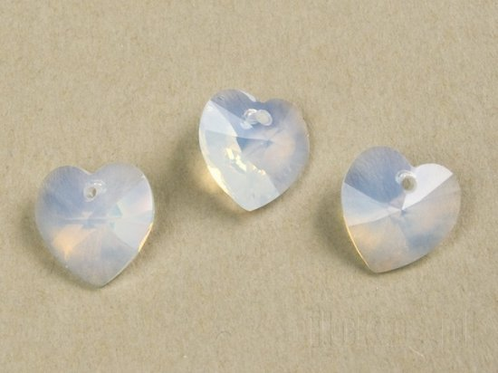 SWAROVSKI WHITE OPAL 6228 6202 14 mm HEART